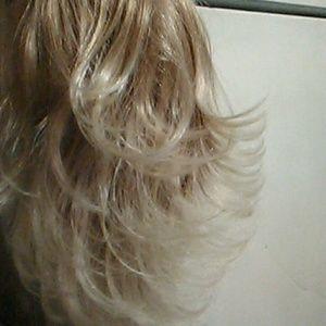 Ladies Light Ash Blonde 13' drawstring Ponytail